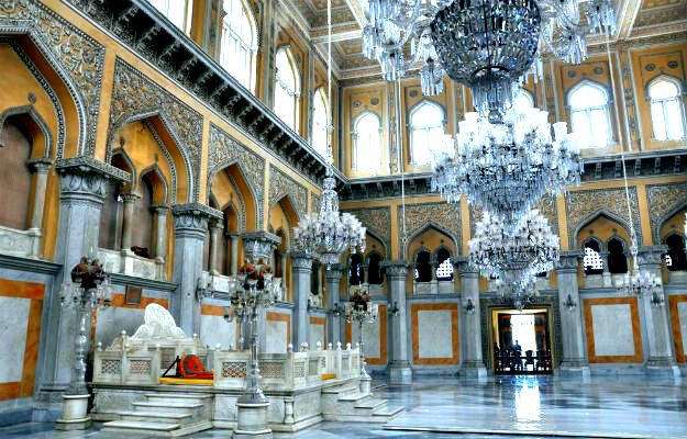24-travel-hyderabad-chowmahalla palace